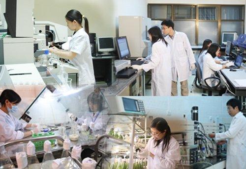 Tại sao phải mặc quần áo bảo hộ phòng thí nghiệm?